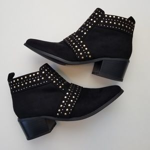 """Top Shop """"Buddy"""" Studded Bootie Size 6"""